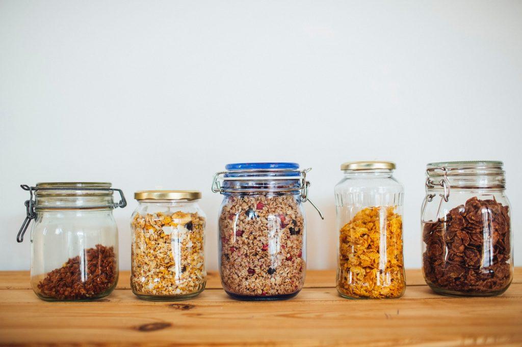 Quer comecar a comprar a granel Confira 4 dicas indispensaveis