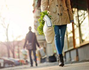 Sacola ecológica: 6 motivos para adota-la na sua rotina