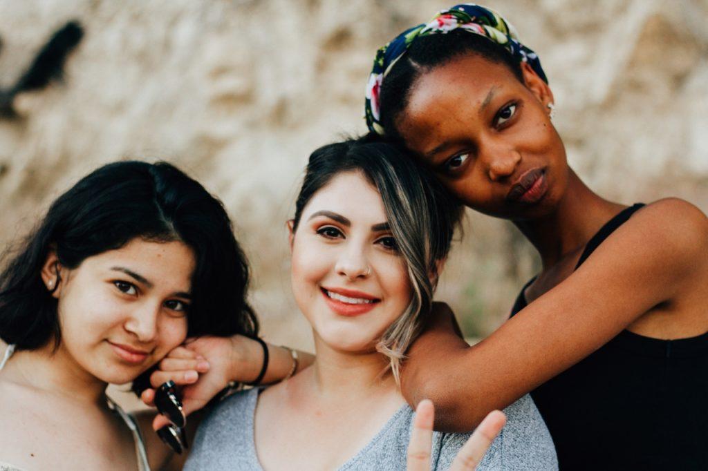 Vamos juntas entenda o que e a sororidade feminina